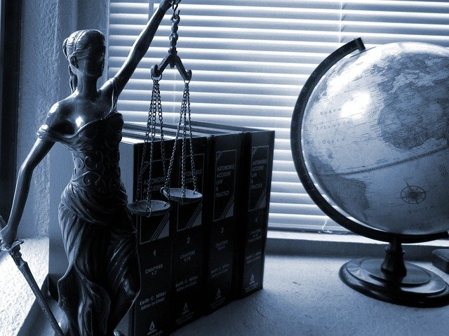 Hiring a Lawyer For Injury Compensation Claims